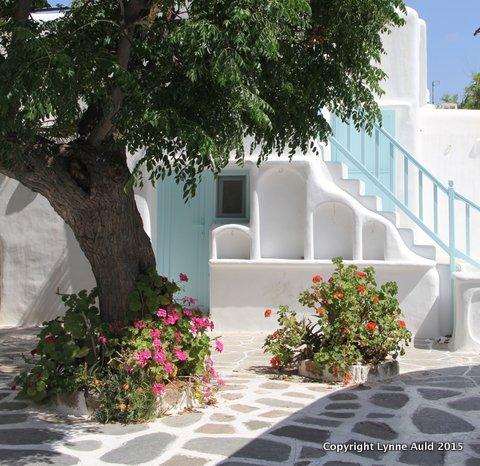 07-Mykonos courtyard.jpg