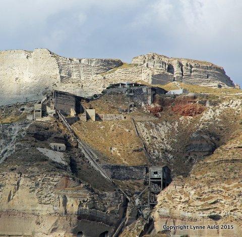 13-Santorini pumice quarry sq.jpg