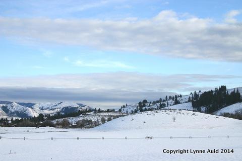 04-Sun Mt round hill snow 1.jpg