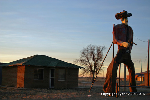 21-Dalhart TX cowboy.jpg