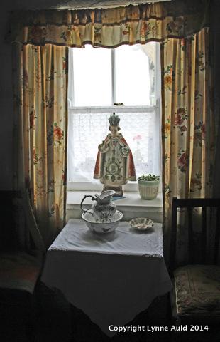 1-Cottage window.jpg