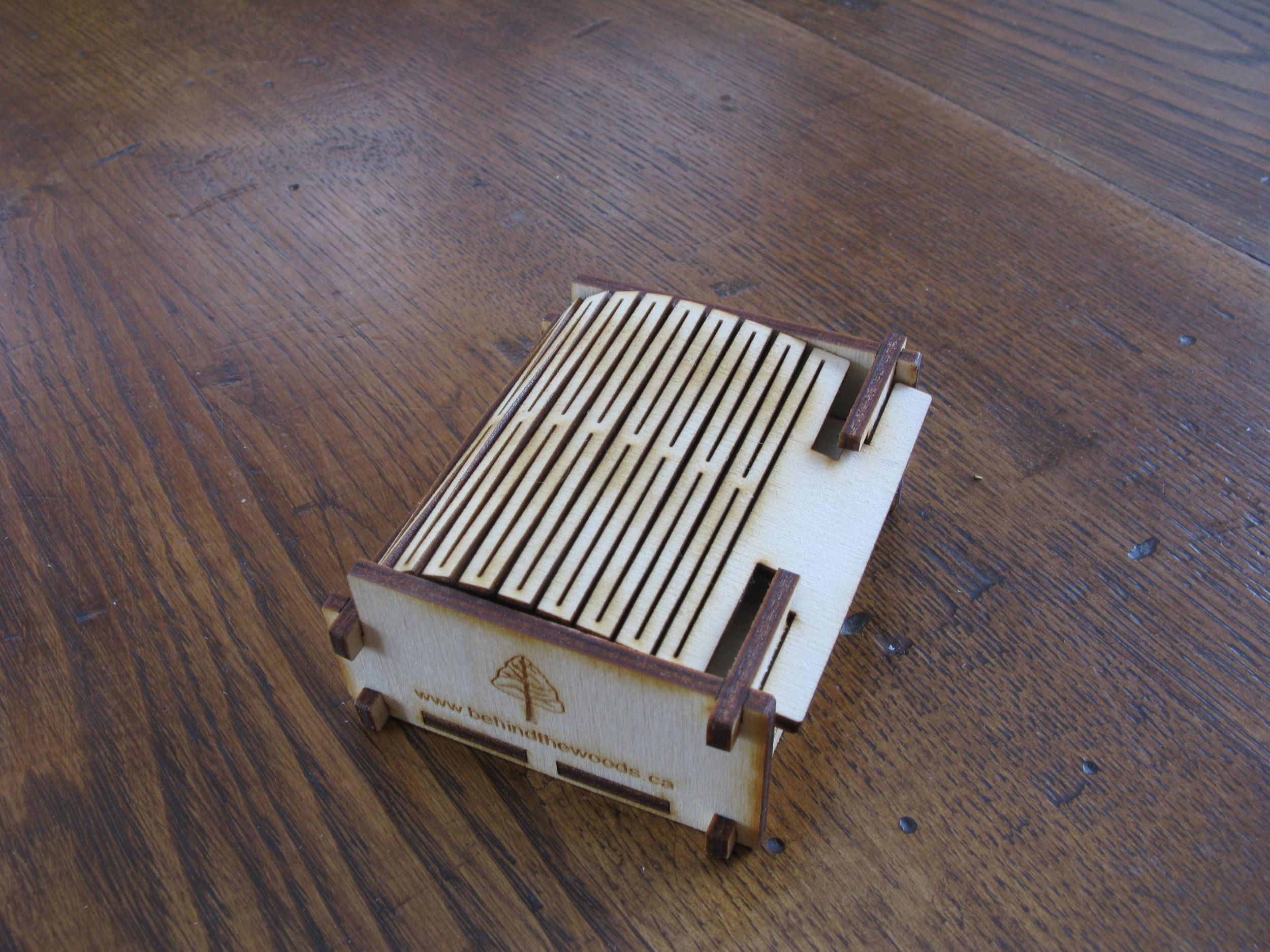 Wooden Live Hinge Box