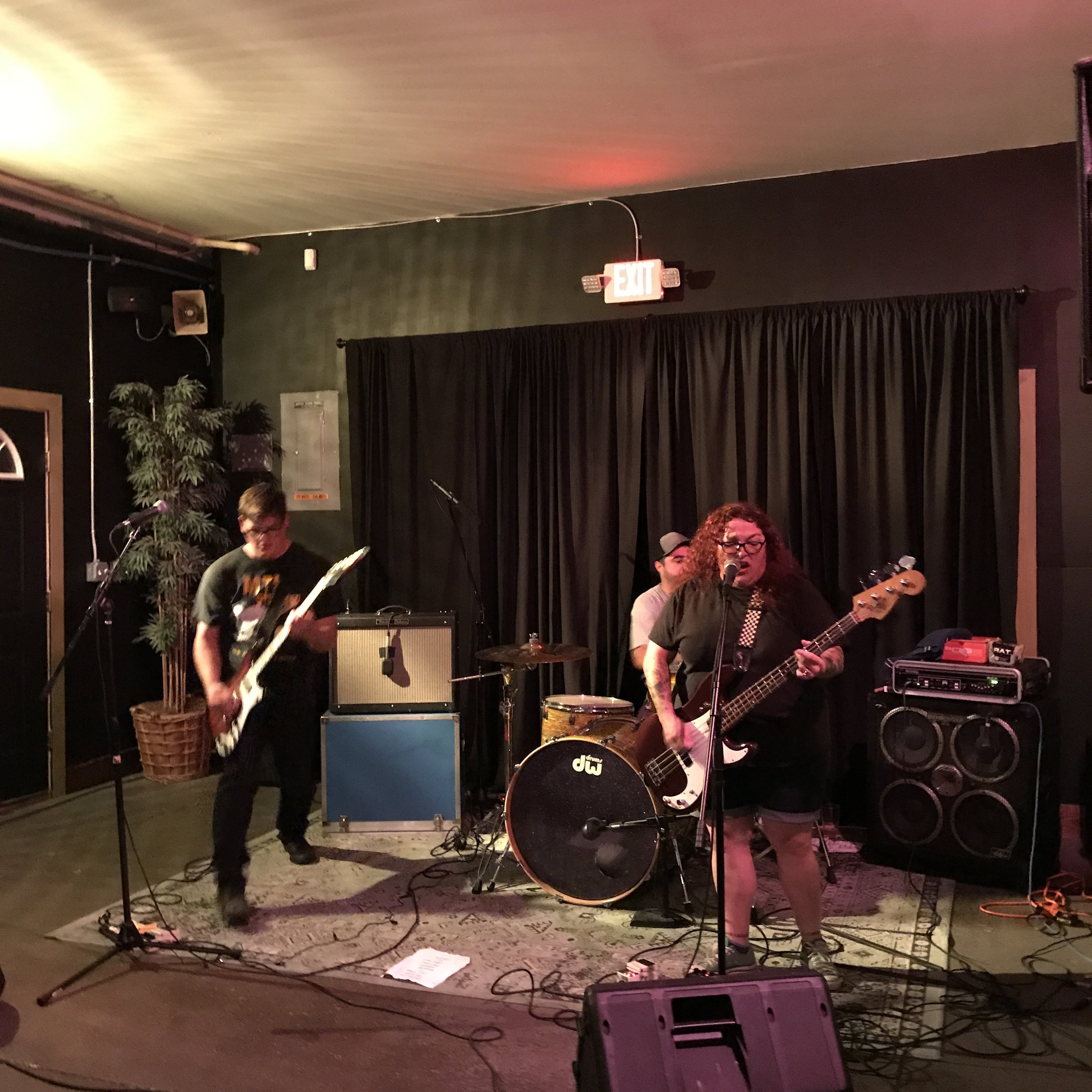 Erotic Novels, the band: Chris Tull (guitar), Bobby C. (drums) and Shannon Perez (bass and vocals) wowed the crowd with their powerful post-punk sound on Sunday, August 20.