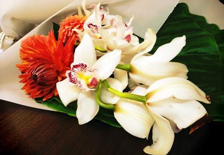 Flowers-arrive-for-shoot