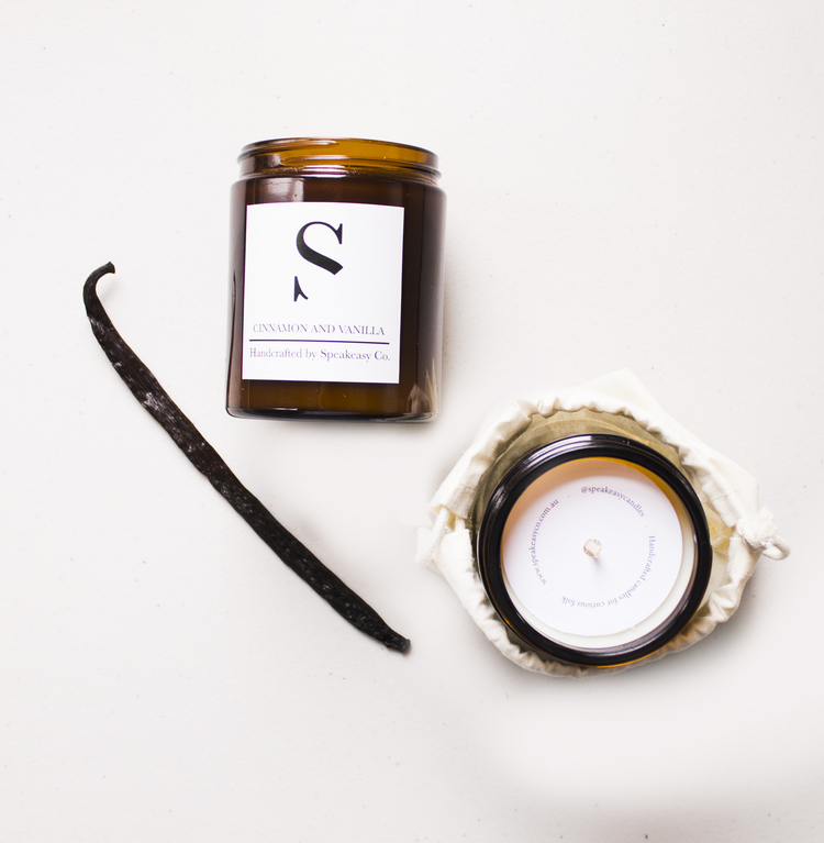 Enjoy your caffeine hit any time of day (or night!) in the form of this aromatic Chai Latte scented honey wax candle.