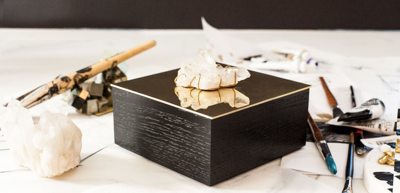 ALEX LOVES     Alex is lusting over the Kelly Wearstler Vanity Box that has been designed for  La Mer . Elegant, feminine and beautiful, the perfect romantic gift this Valentine's Day.