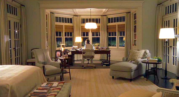 Diane Keaton's substantial character in  Something's Gotta Give  is equally matched by her substantial beach retreat. Quintessentially Hamptons style at heart, the interiors are awash in sea colours and blues, setting the tone for this 2003 romantic comedy.