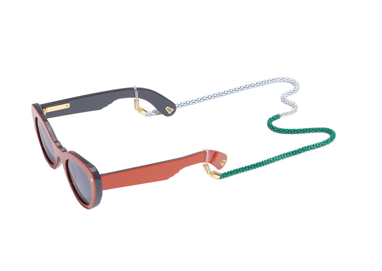 Finola thinks that eyewear chains are not just for old ladies and librarians! Take a look at these funky sunnies with matching chain from  Lucy Folk , the ultimate summery eyewear accessory.
