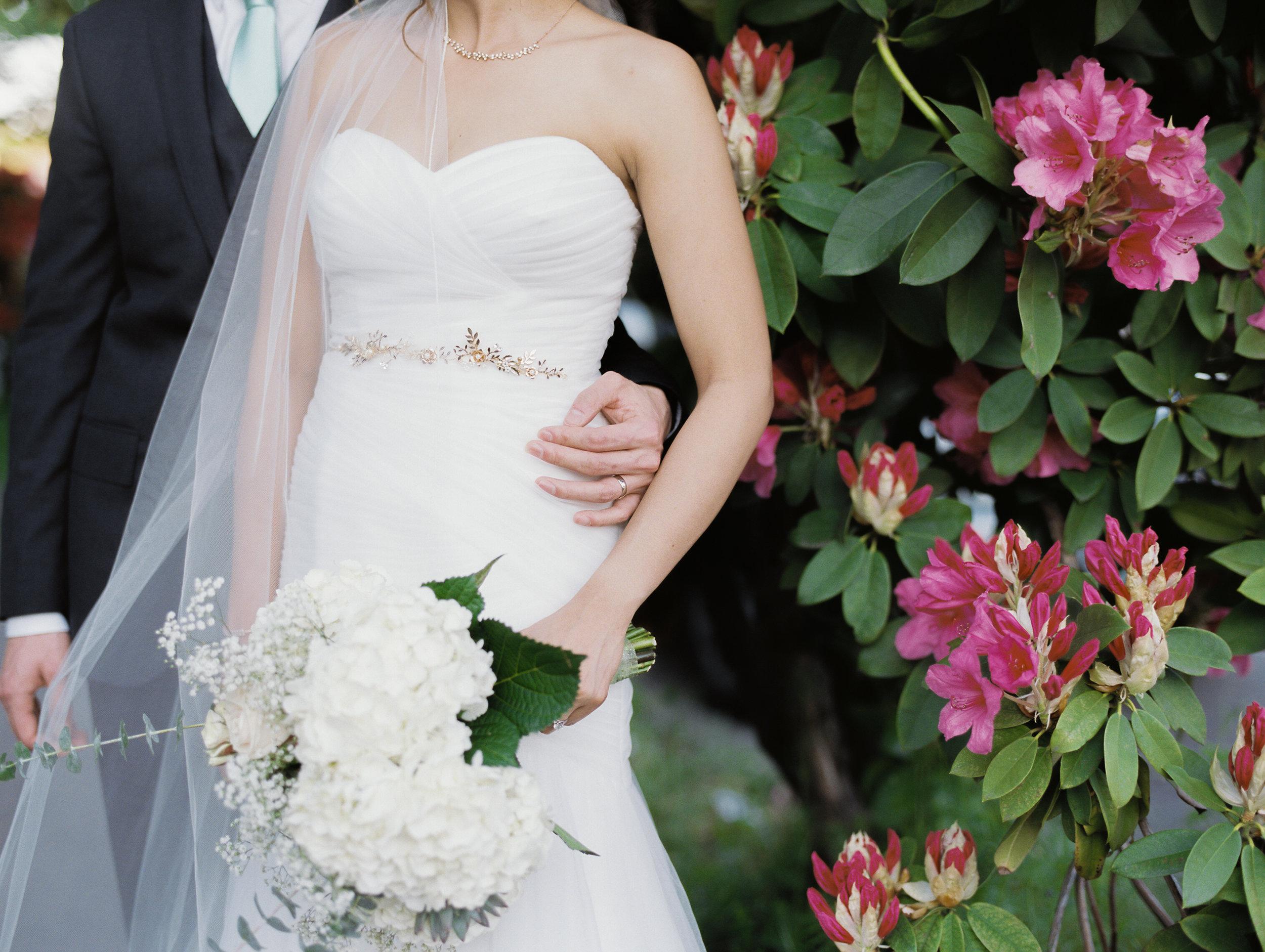columbia-river-gorge-waterfall-trash-the-dress-wedding-8.jpg