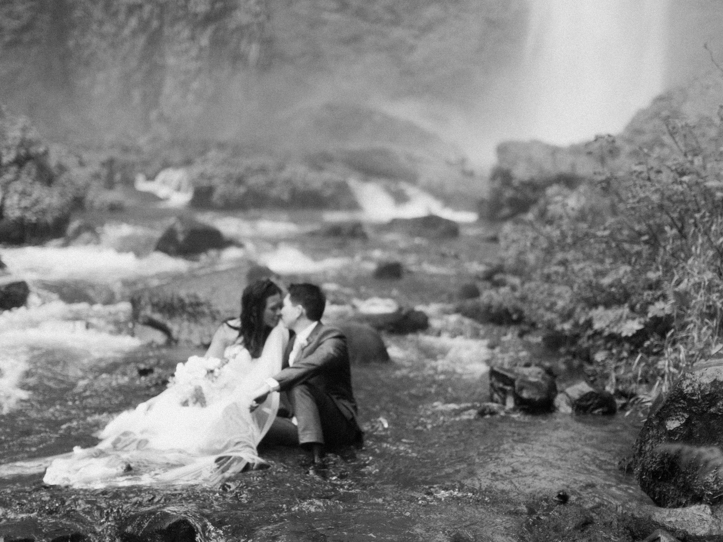 columbia-river-gorge-waterfall-trash-the-dress-wedding-6.jpg
