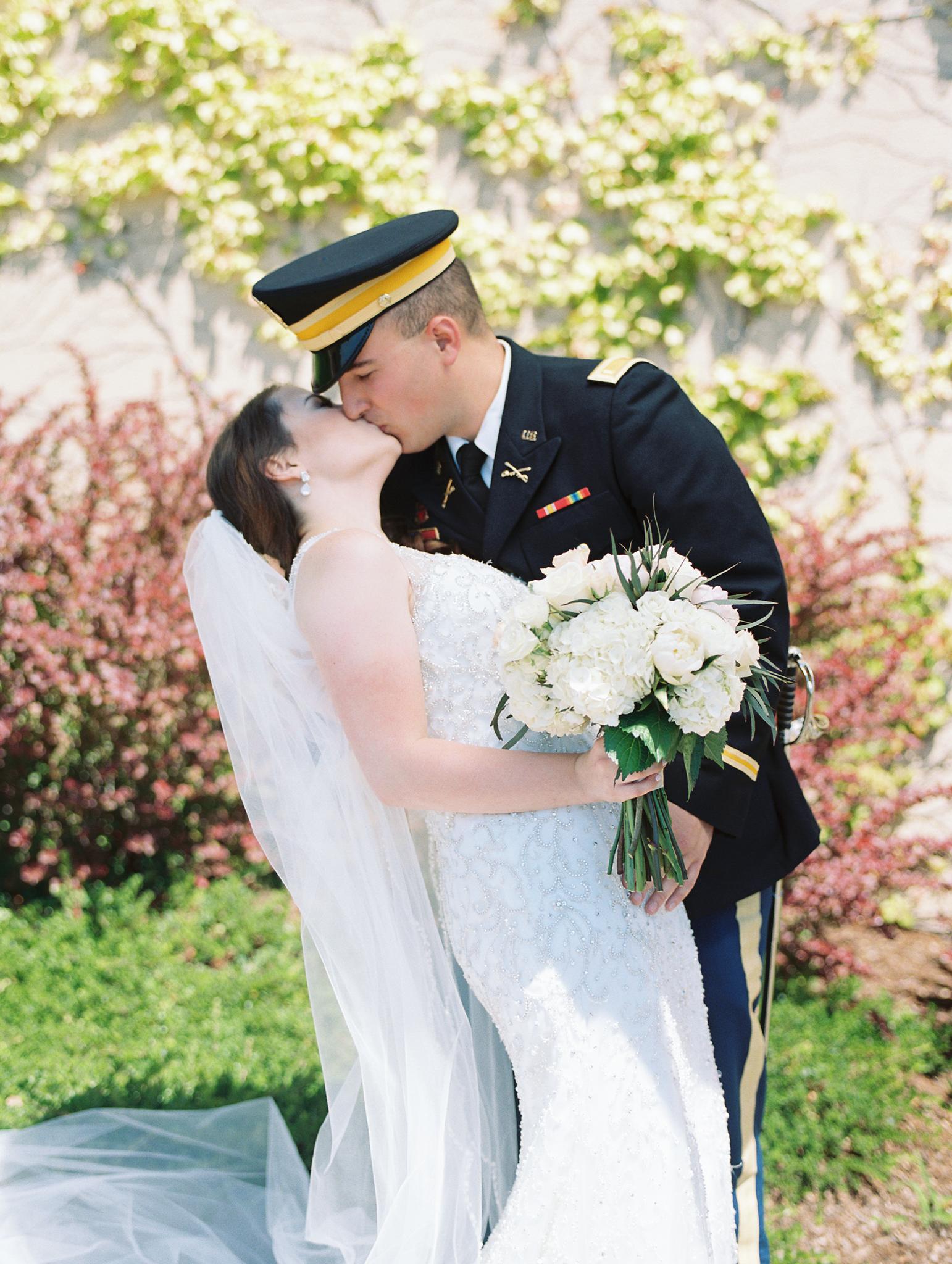 romantic-willamette-valley-vineyards-wedding-photography-8.jpg
