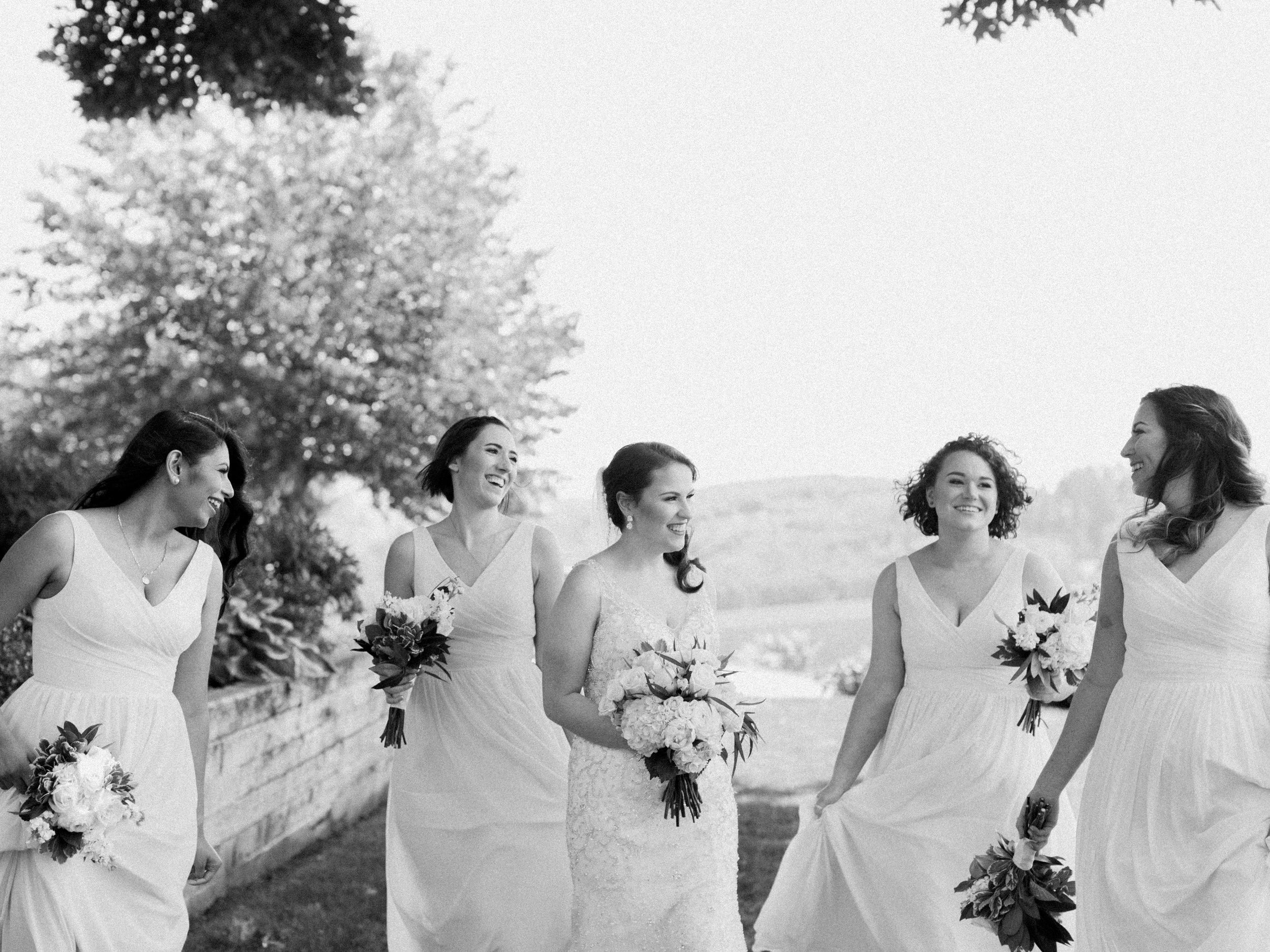 romantic-willamette-valley-vineyards-wedding-photography-16.jpg