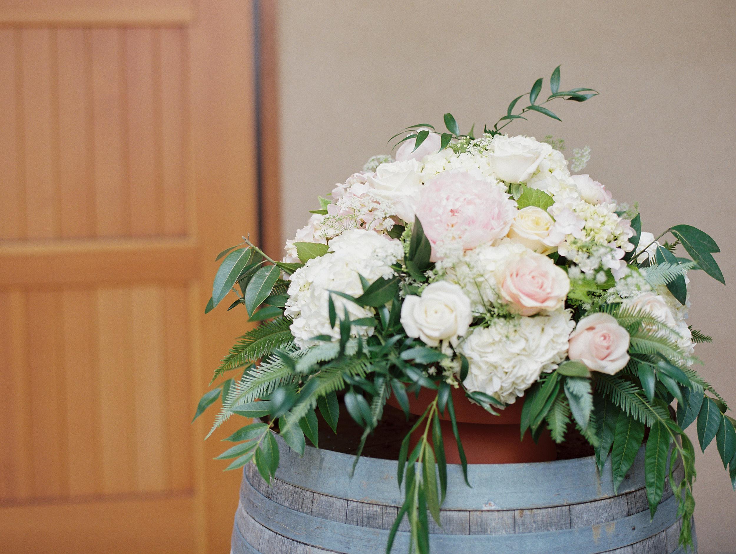 romantic-willamette-valley-vineyards-wedding-photography-20.jpg