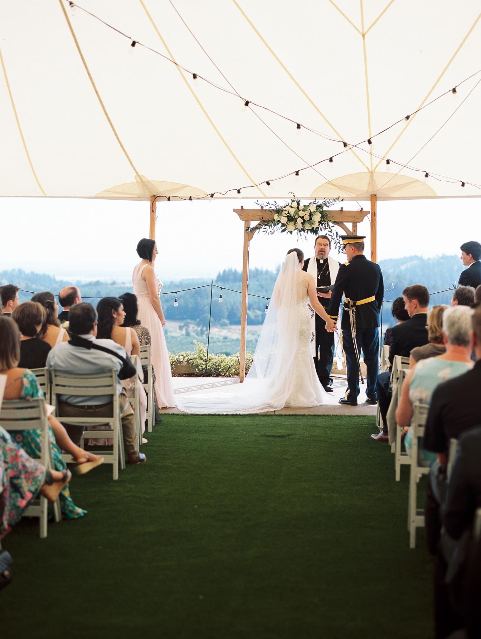 romantic-willamette-valley-vineyards-wedding-photography-29.jpg