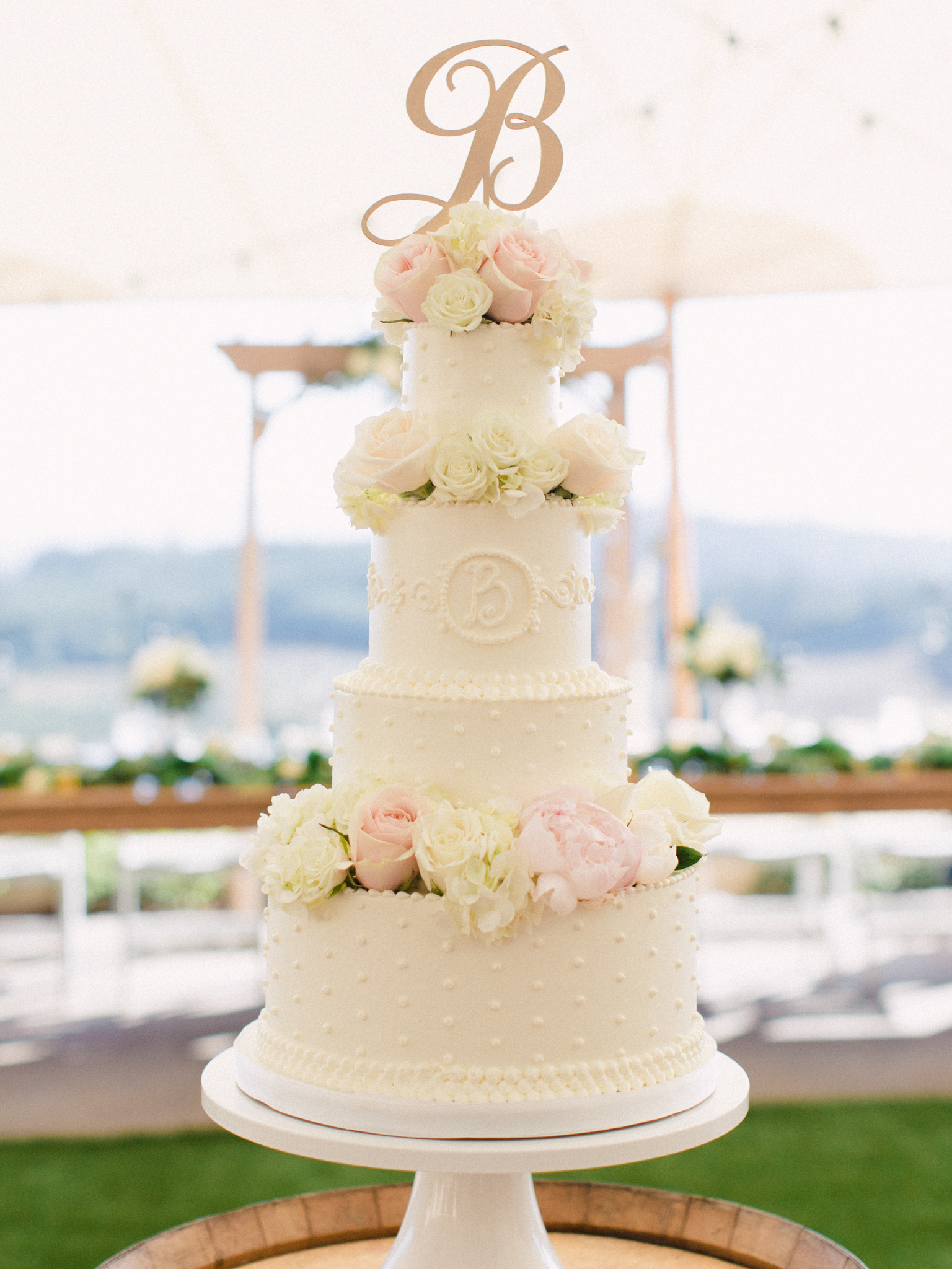 romantic-willamette-valley-vineyards-wedding-photography-35.jpg