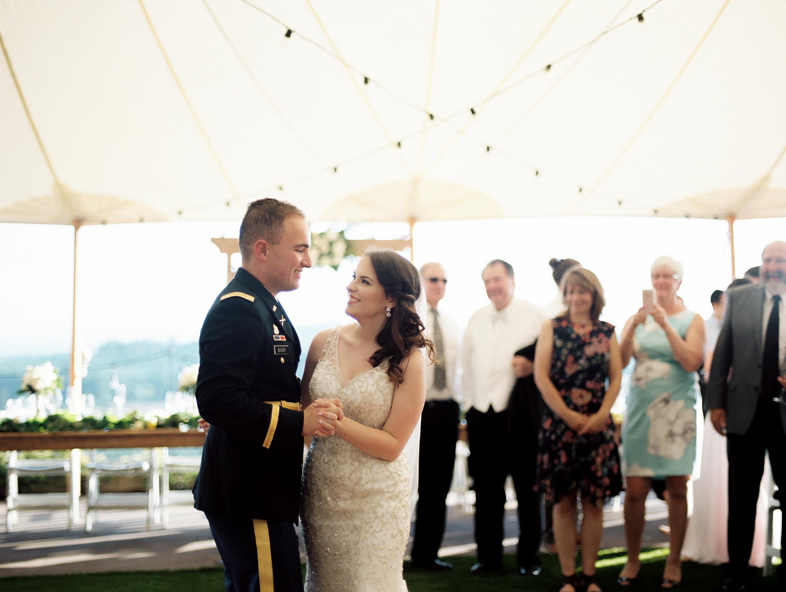 romantic-willamette-valley-vineyards-wedding-photography-42.jpg