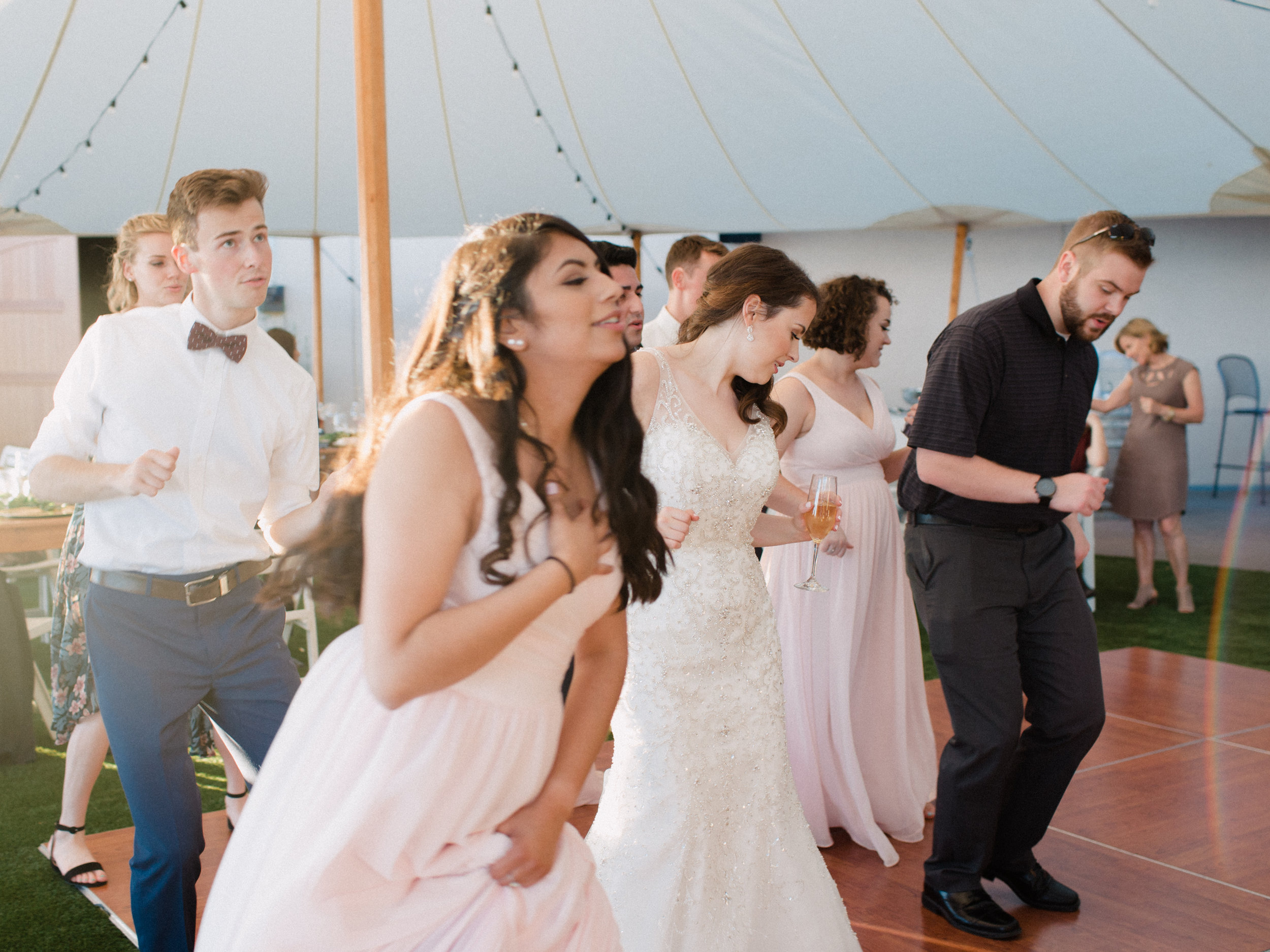 romantic-willamette-valley-vineyards-wedding-photography-44.jpg