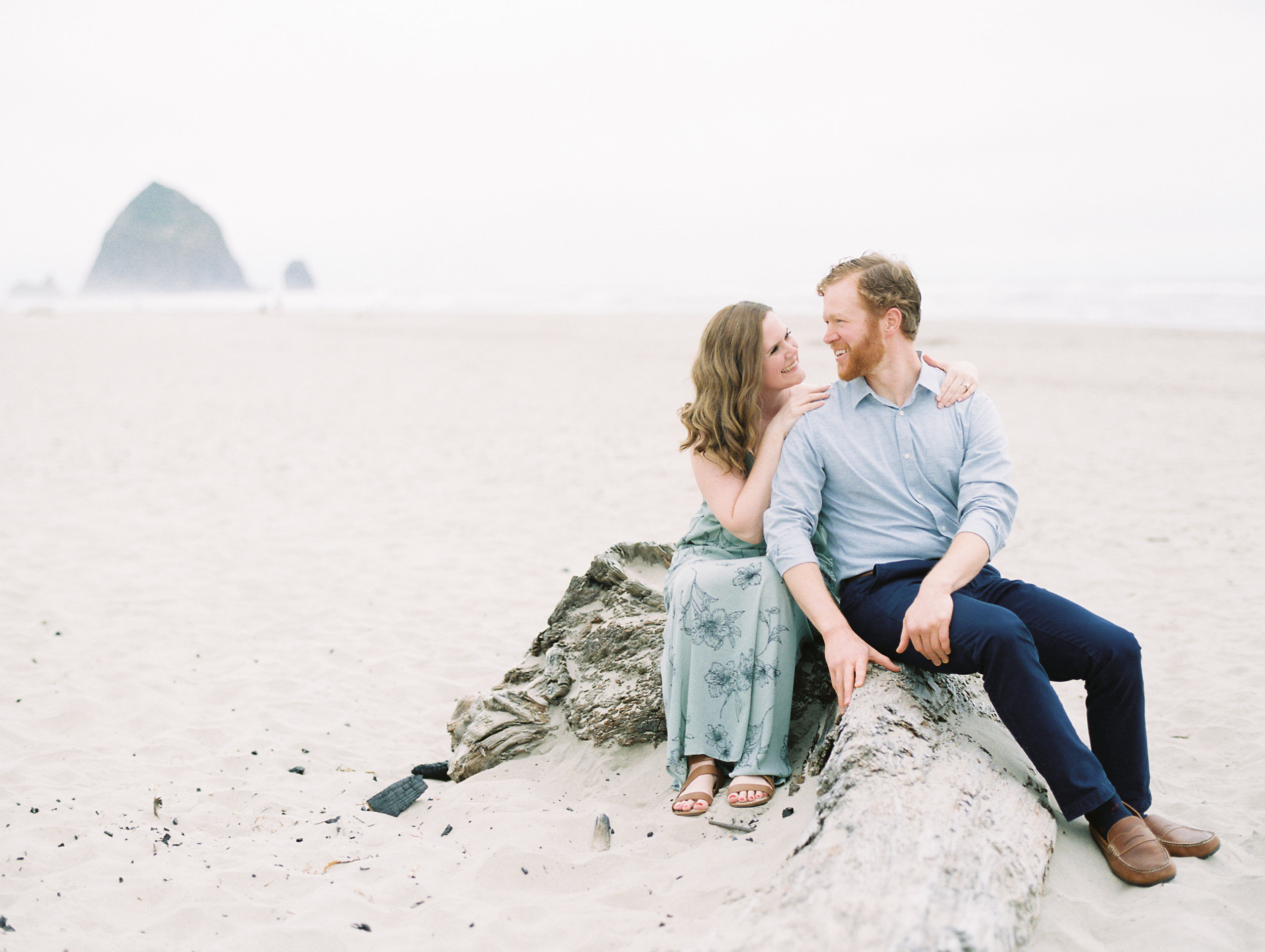 julie-james-engagement-cannon-beach-32.jpg