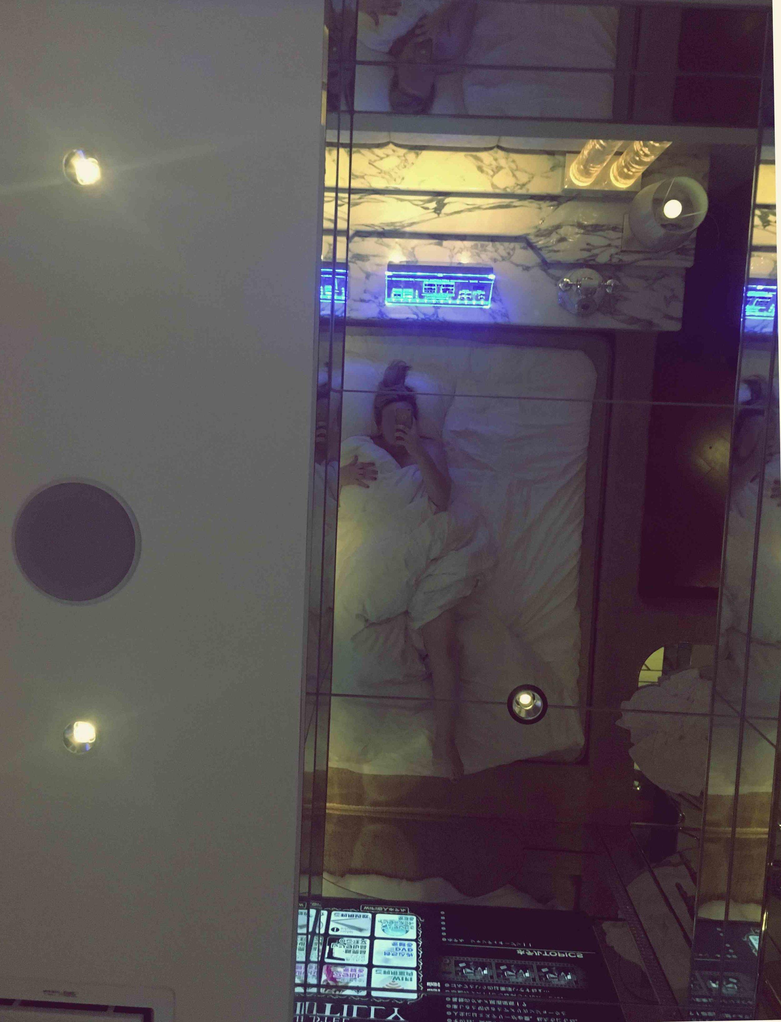 love hotel ceiling.jpg