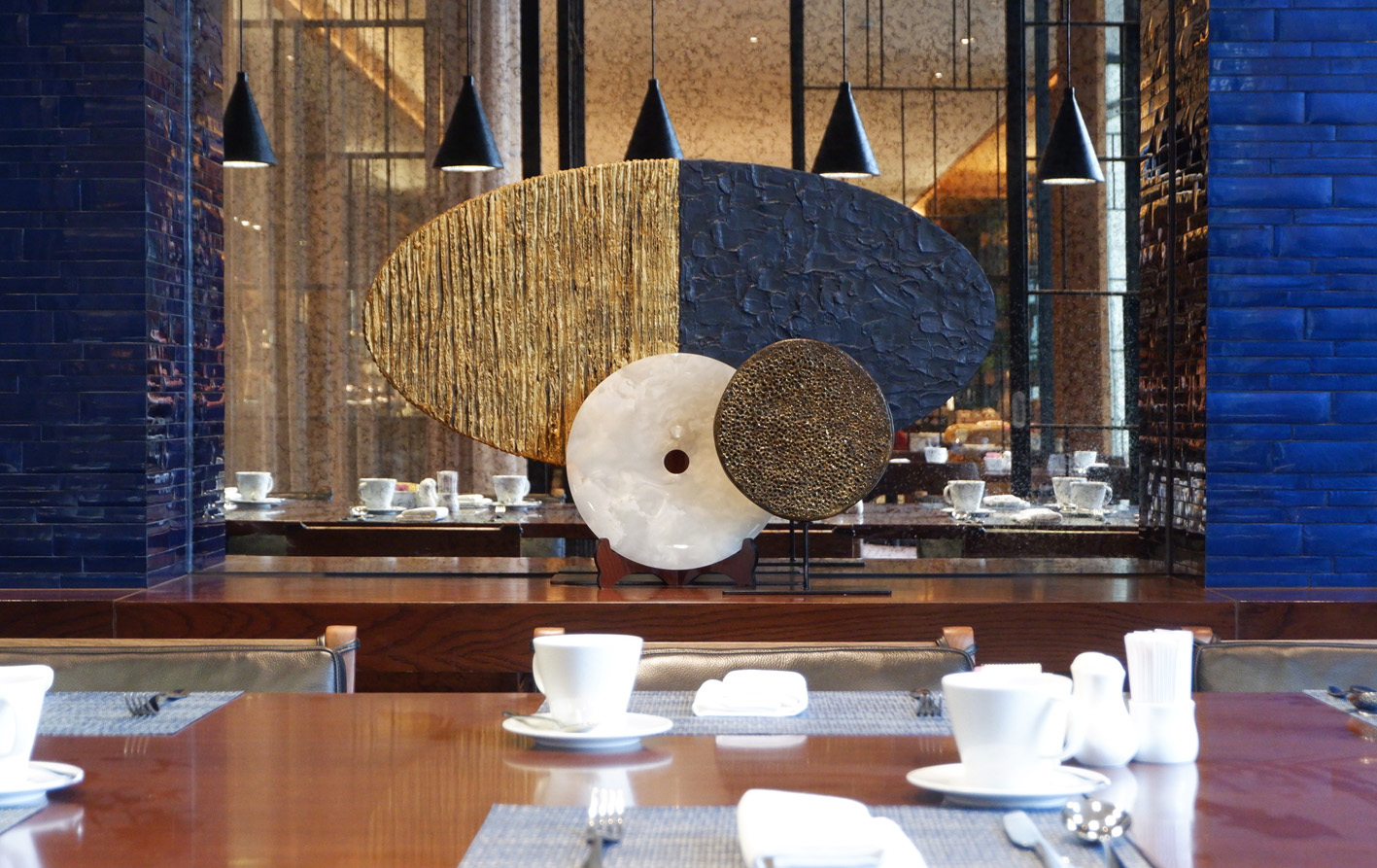 Hilton Danang Dining Sculpture by Hay Hay