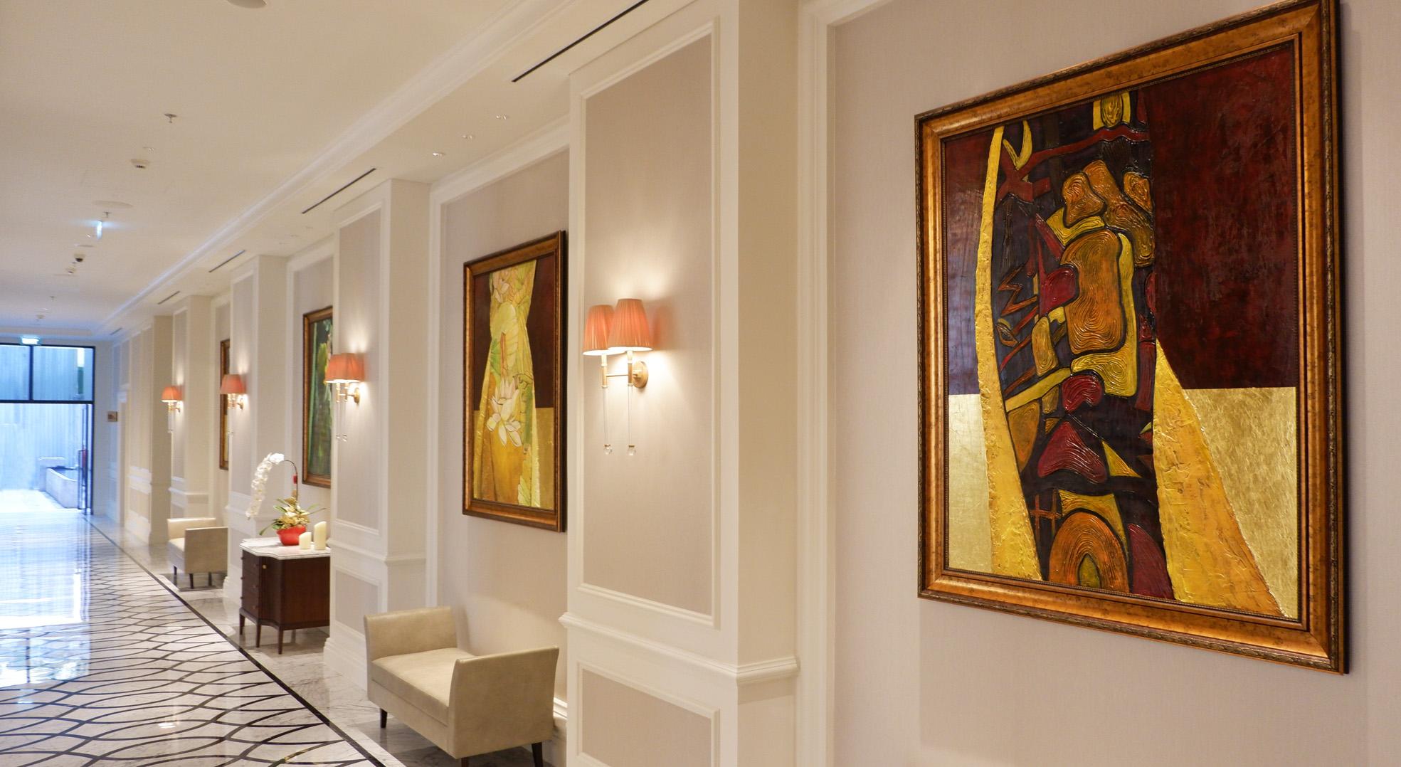 Mai House Saigon Lobby Gallery hallway