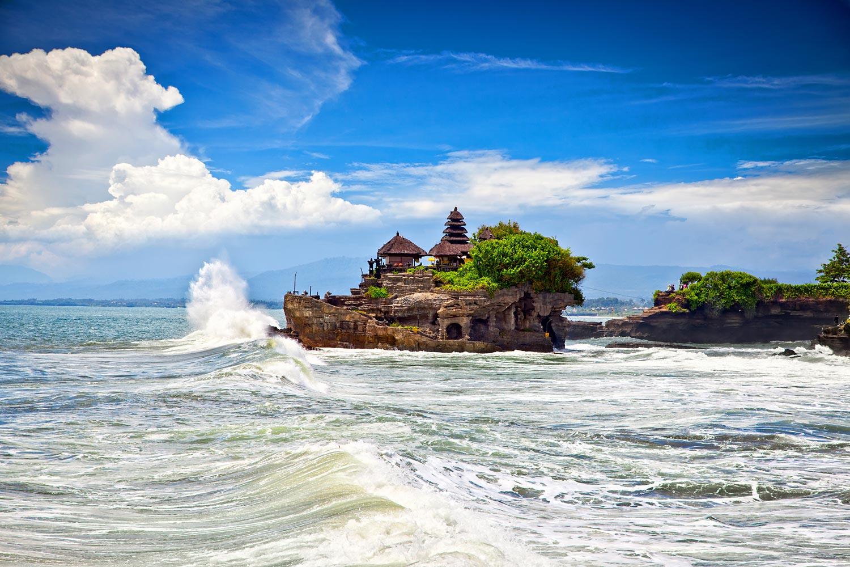 The-Tanah-Lot-40215475.jpg