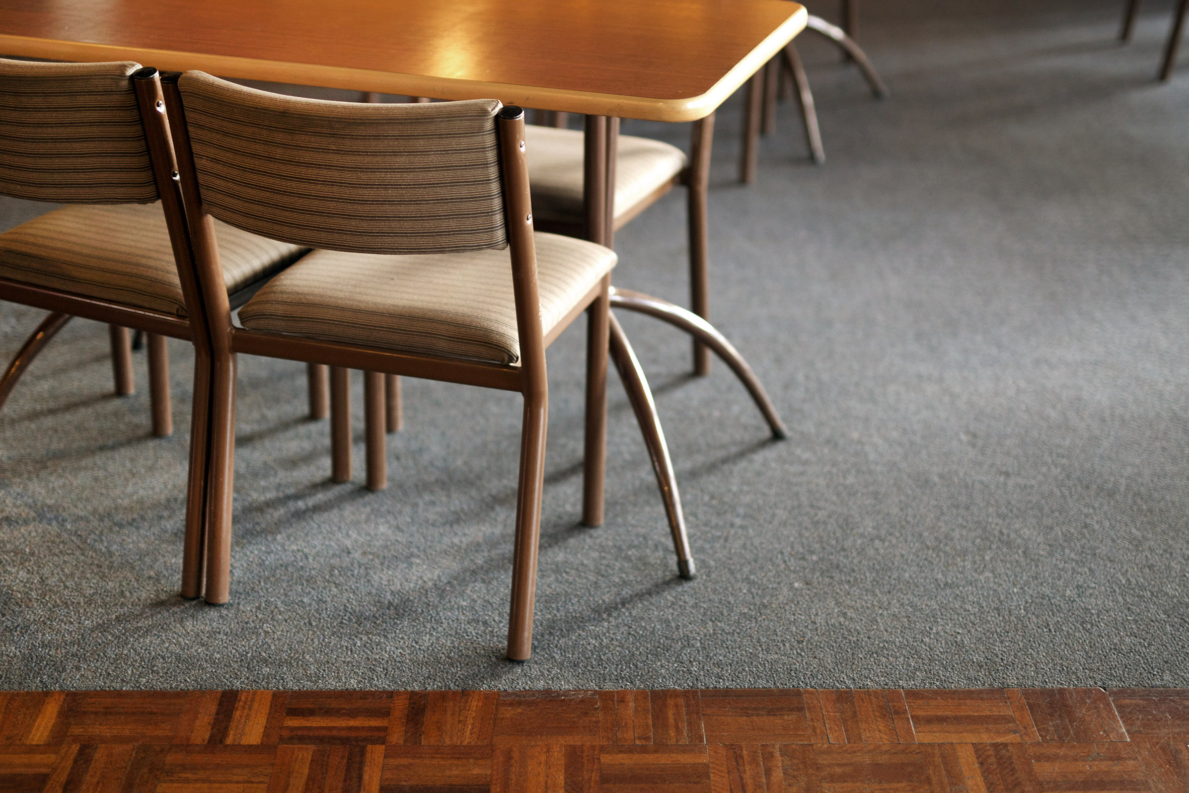 NZ chairs and table.jpg