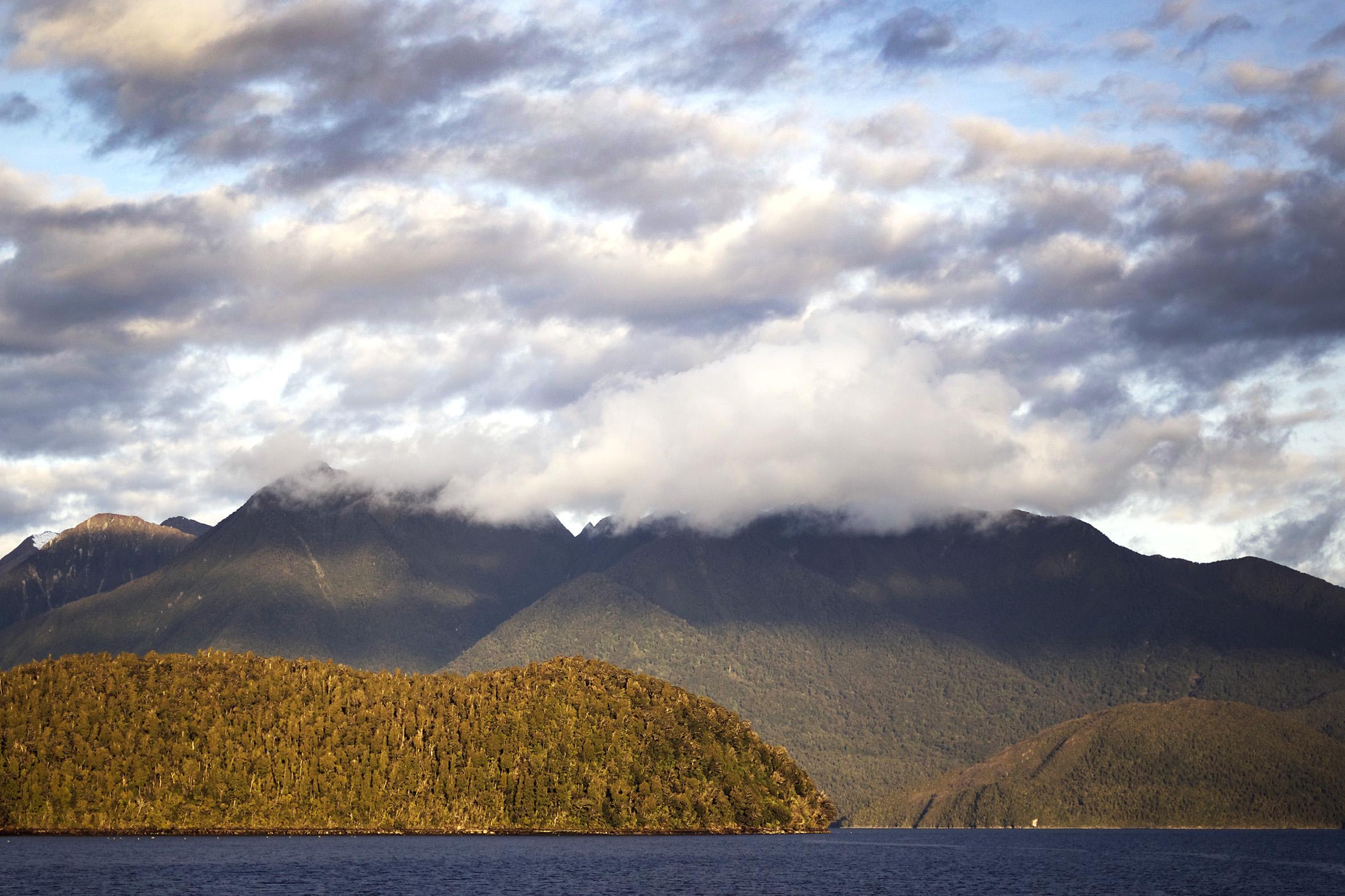 NZ cloud mountain.jpg