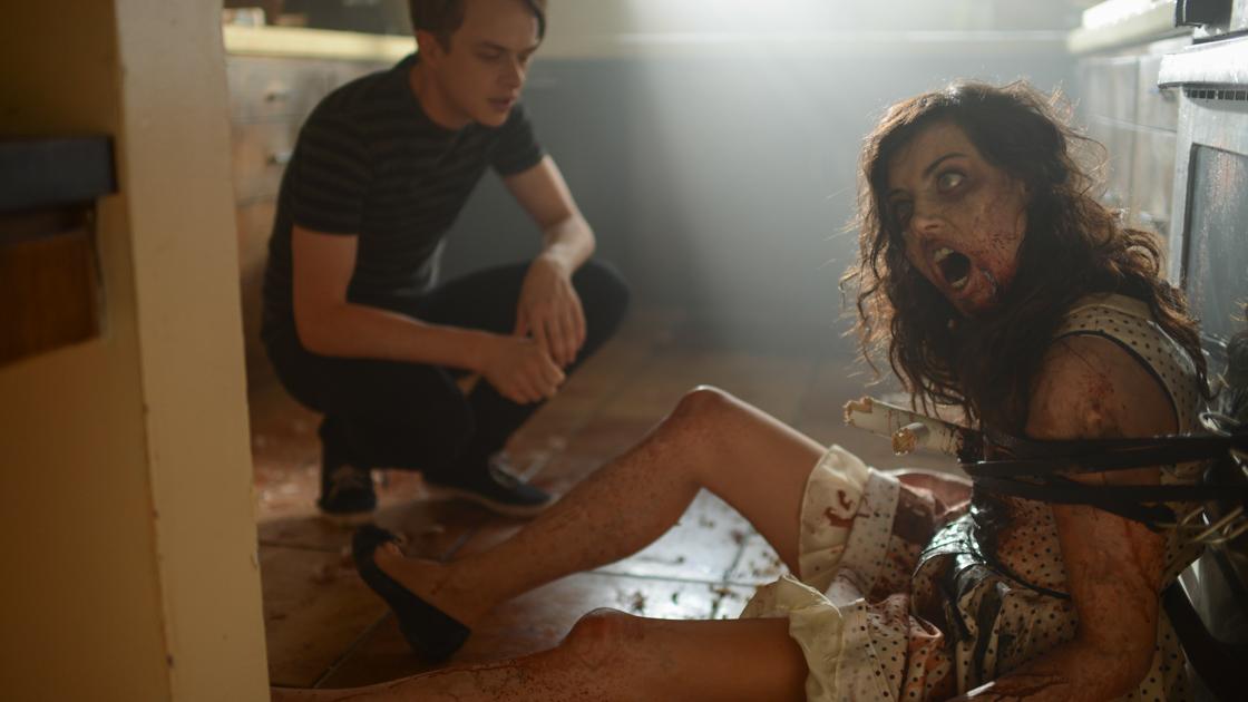 Life After Beth (2014): Dane DeHaan and Aubrey Plaza.