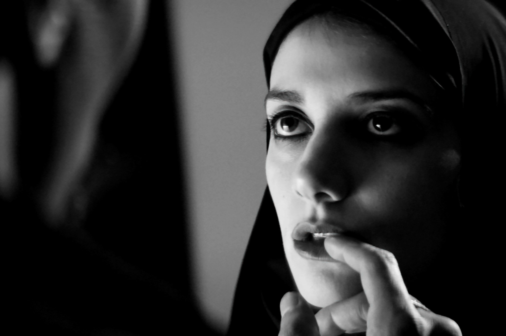 A Girl Walks Home Alone at Night  (2014):Sheila Vand.