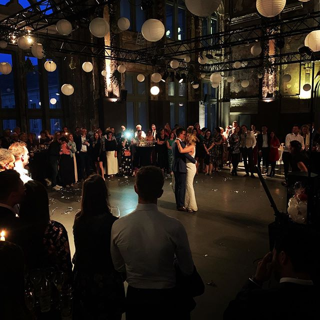 Last weekend Laurens and Katrien said yes to each other in Zaal AthenA. Congratulations to the newlyweds!🎉 #katlau1805