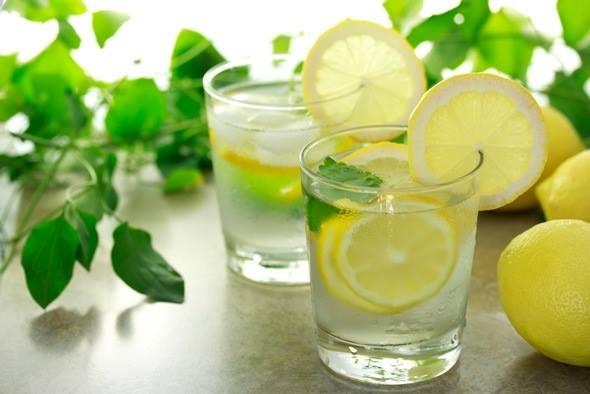 lemon water.jpg