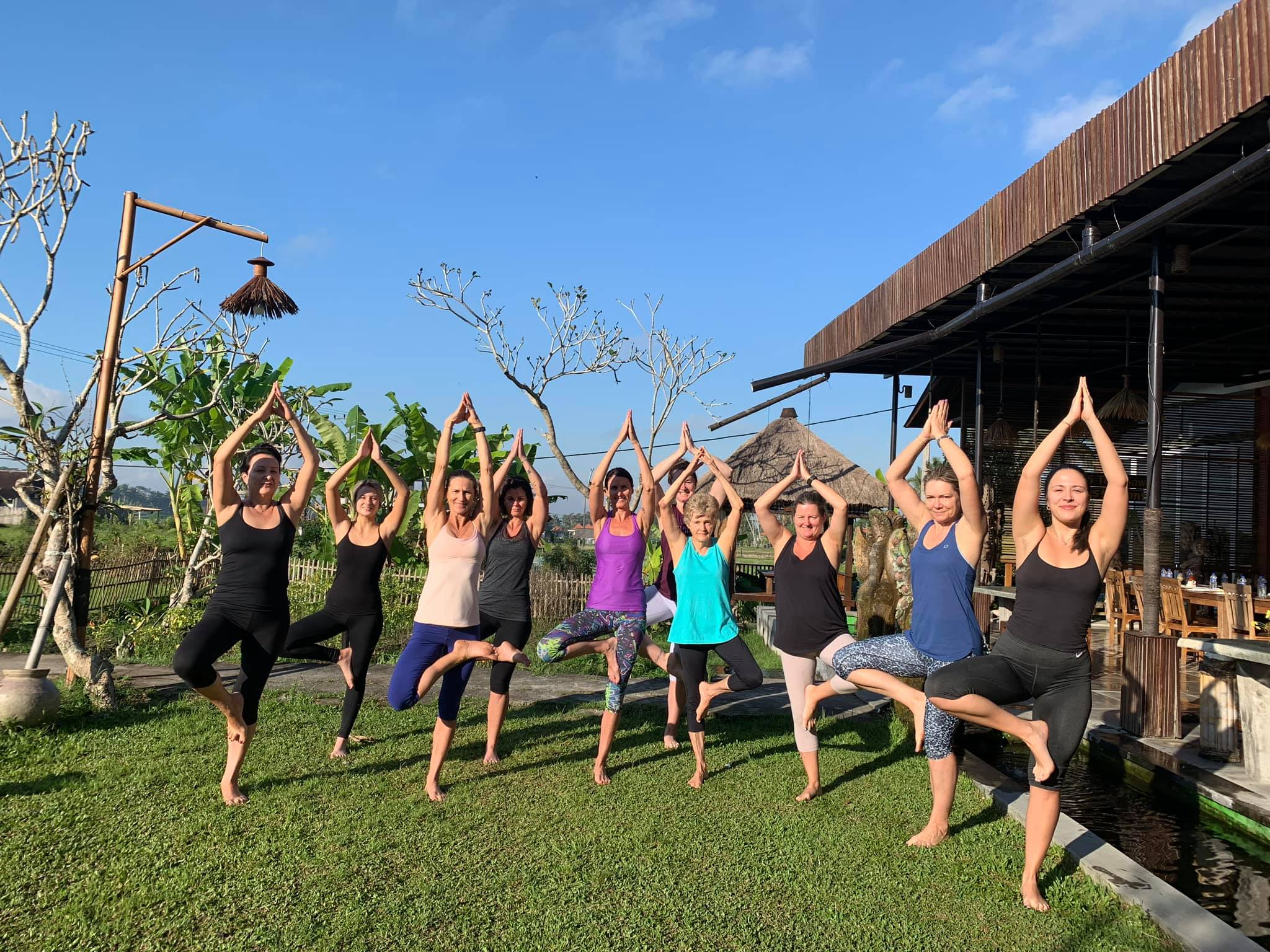 Yoga group bali 2019.jpg