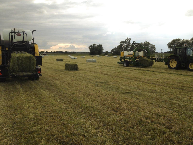 big-baling-haylage-1_edit-top-grass-haylage.jpg
