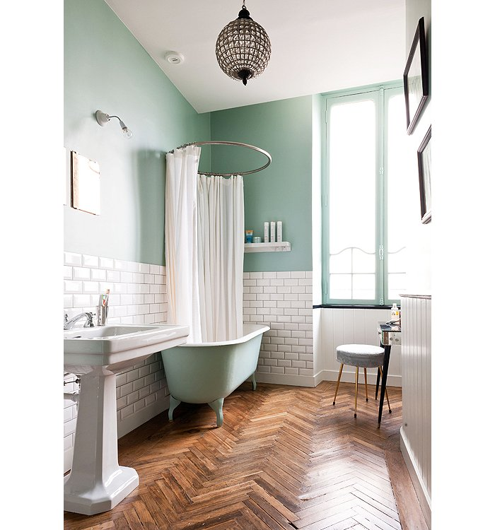 Why This Room Works: Serene Green Bathroom