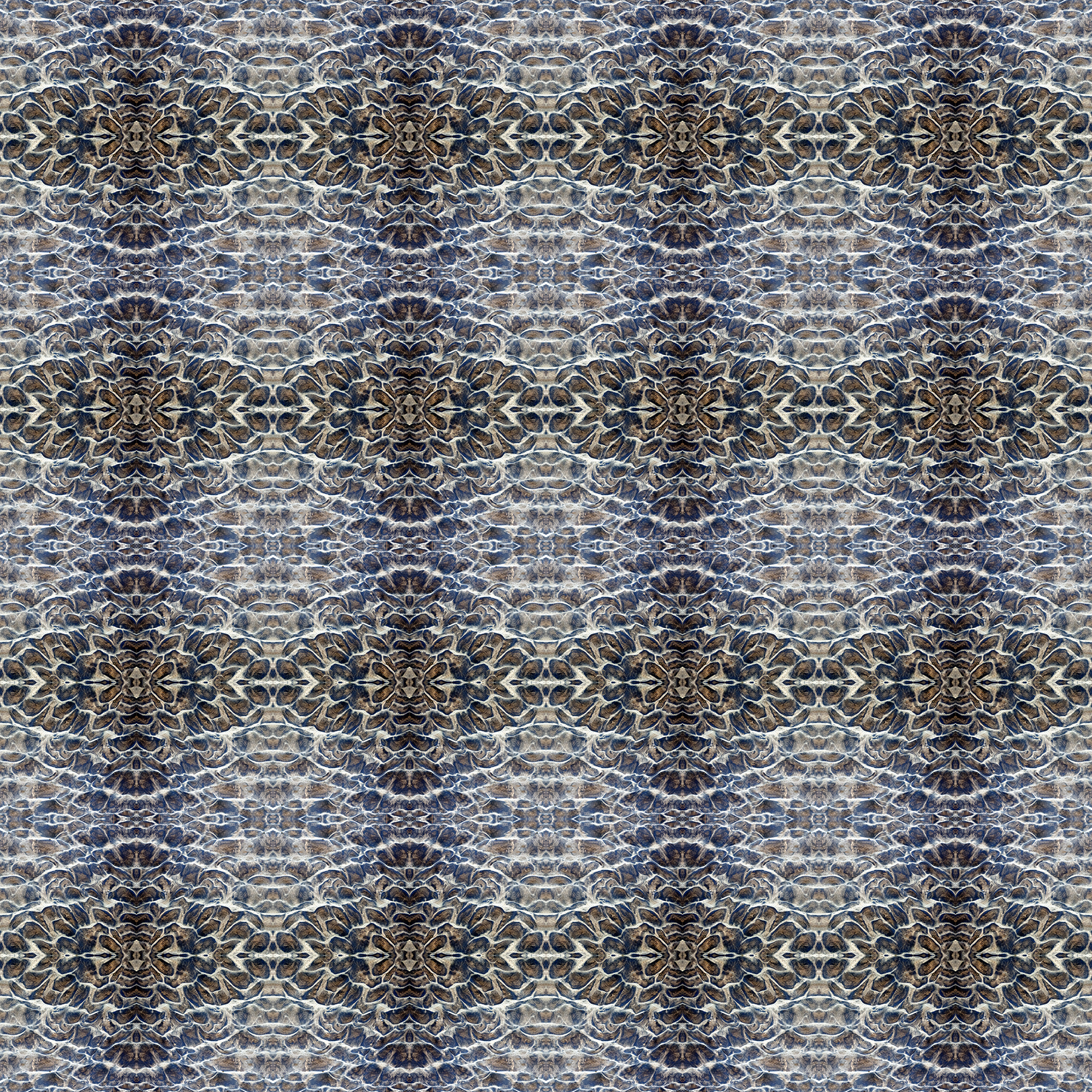 IMG_0135.square.pattern.jpg