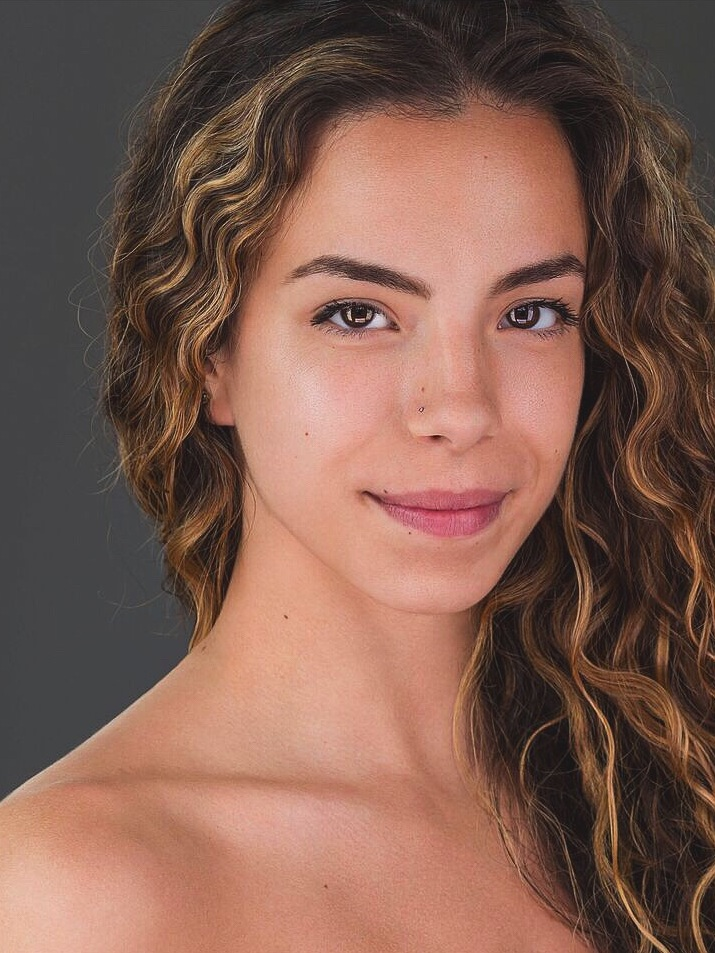 Zoe Kaplan - Dancer