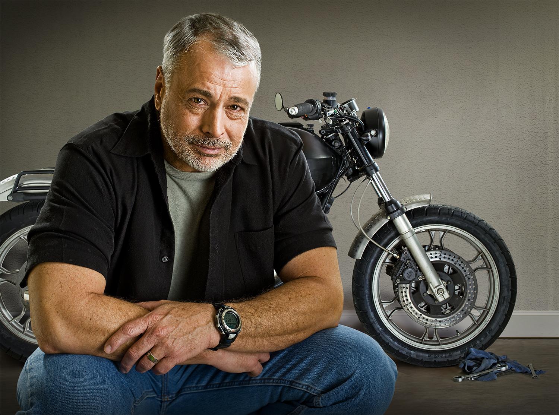 MotorcycleM3AtEdge_1500pxBetter.jpg