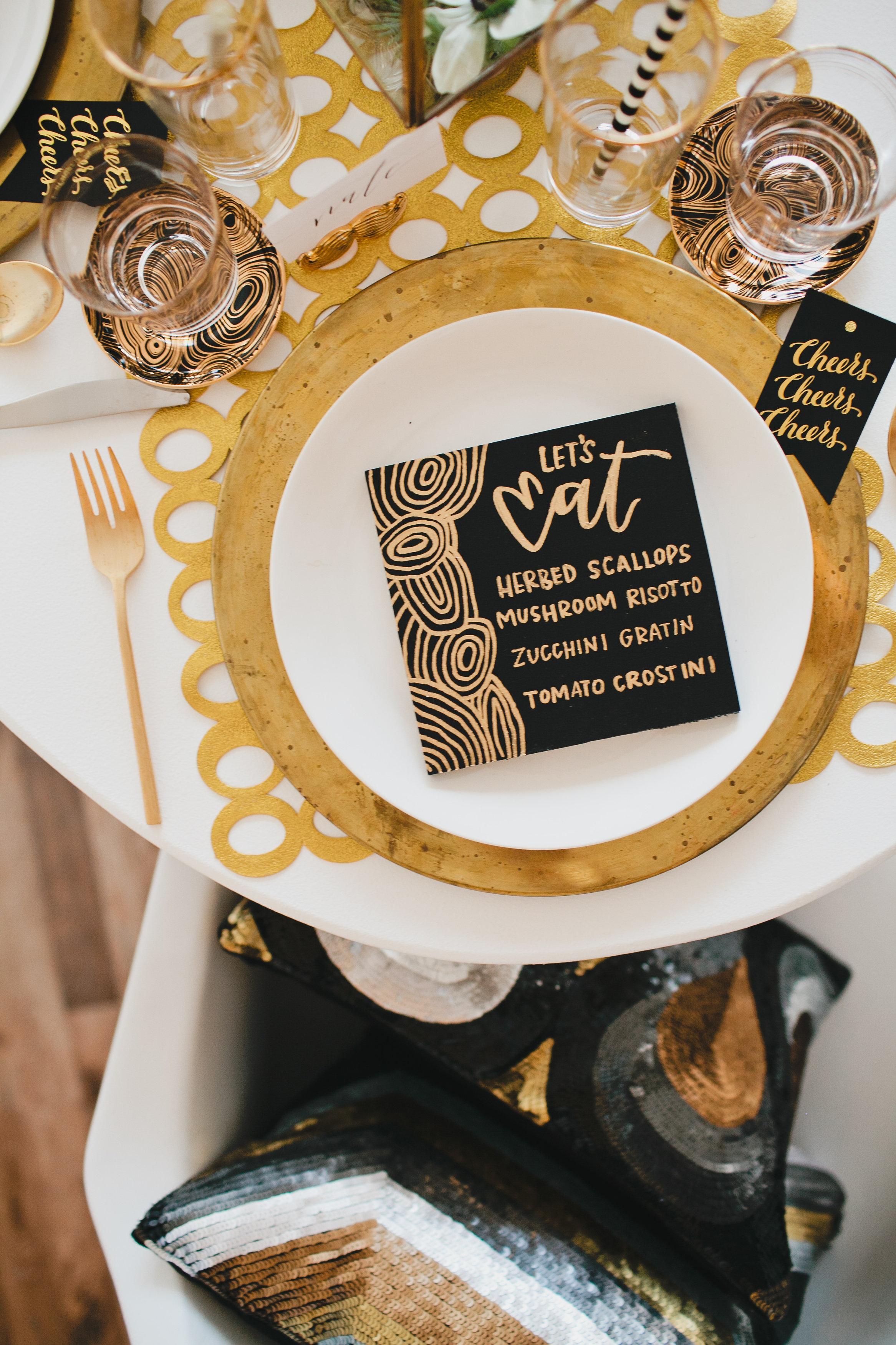 Black and gold modern menus