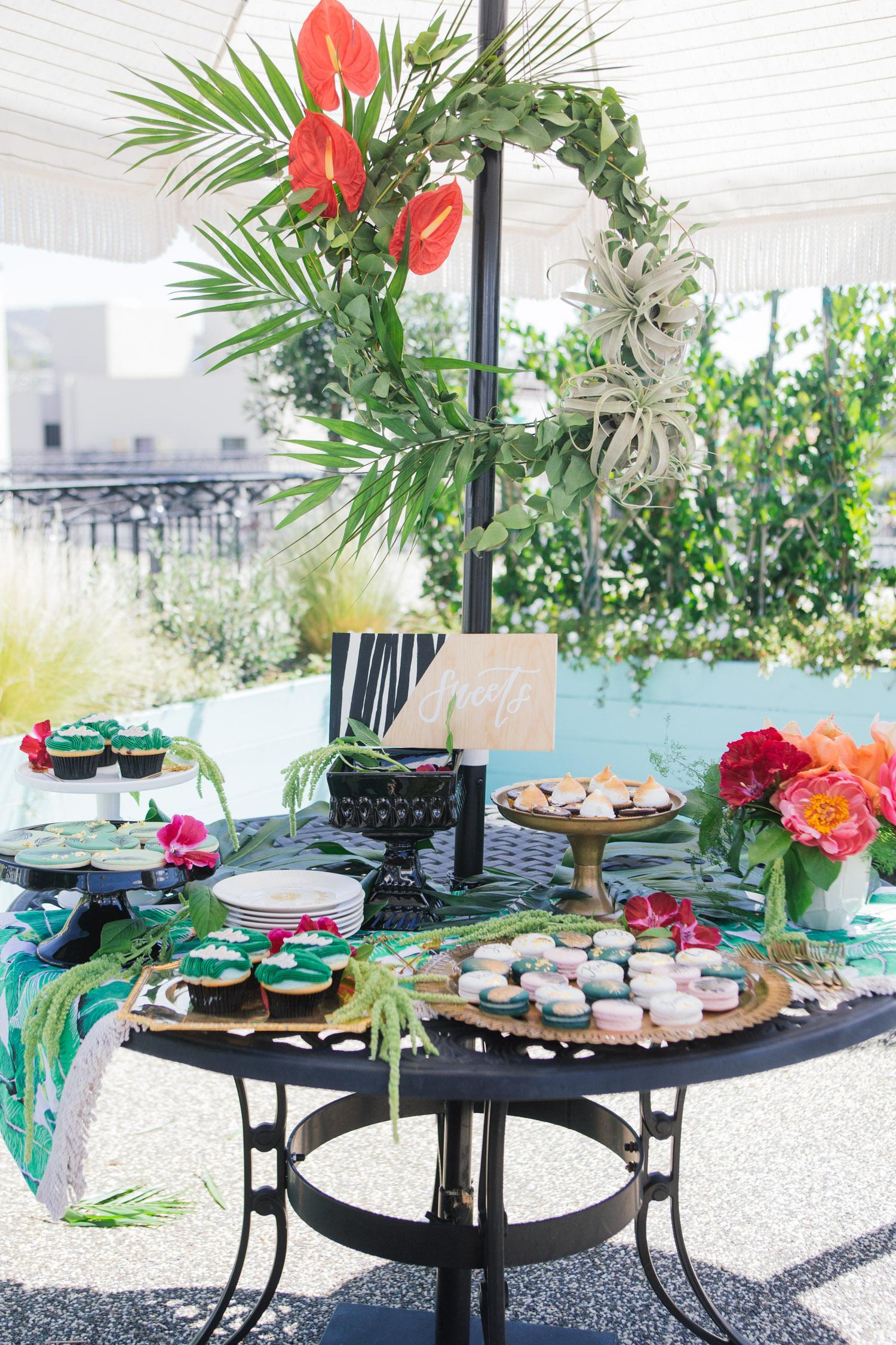 Aloha dessert table