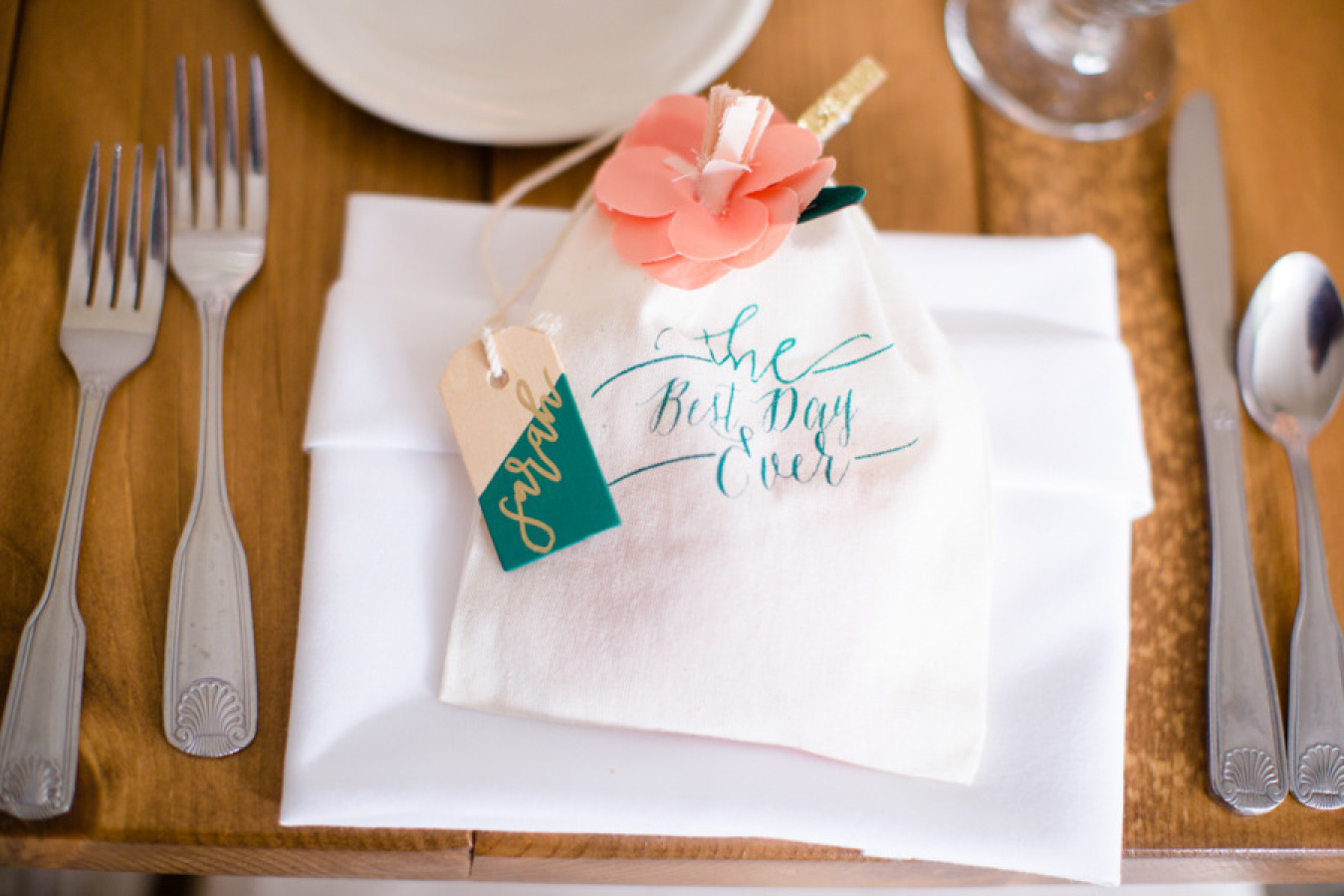Place card place setting