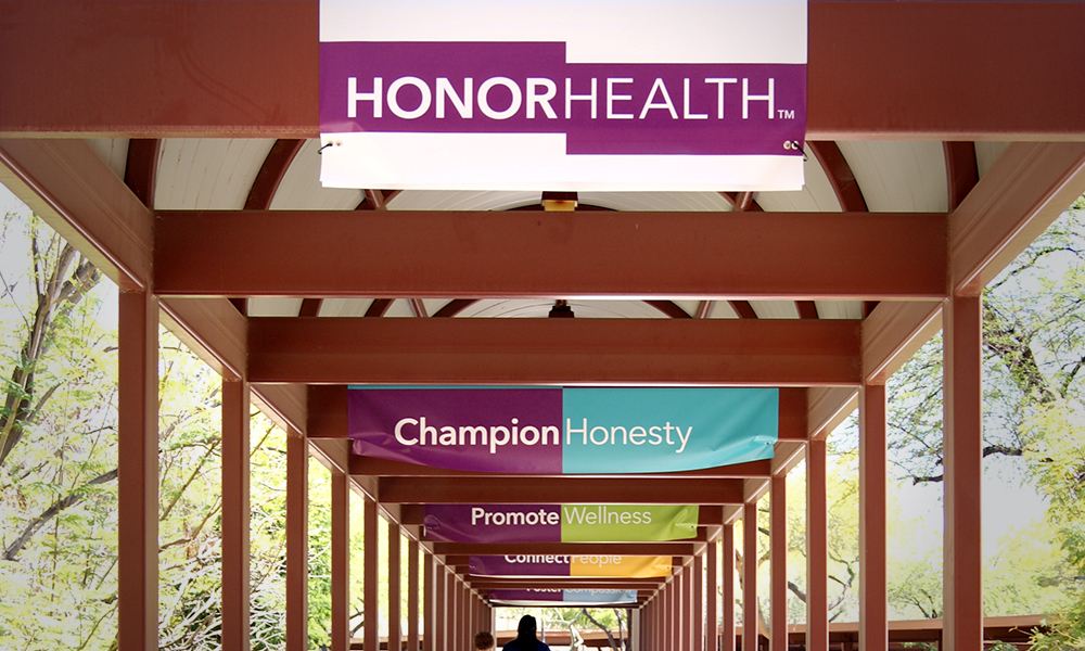 HonorHealth_Gallery_Walkway_Logo.jpg