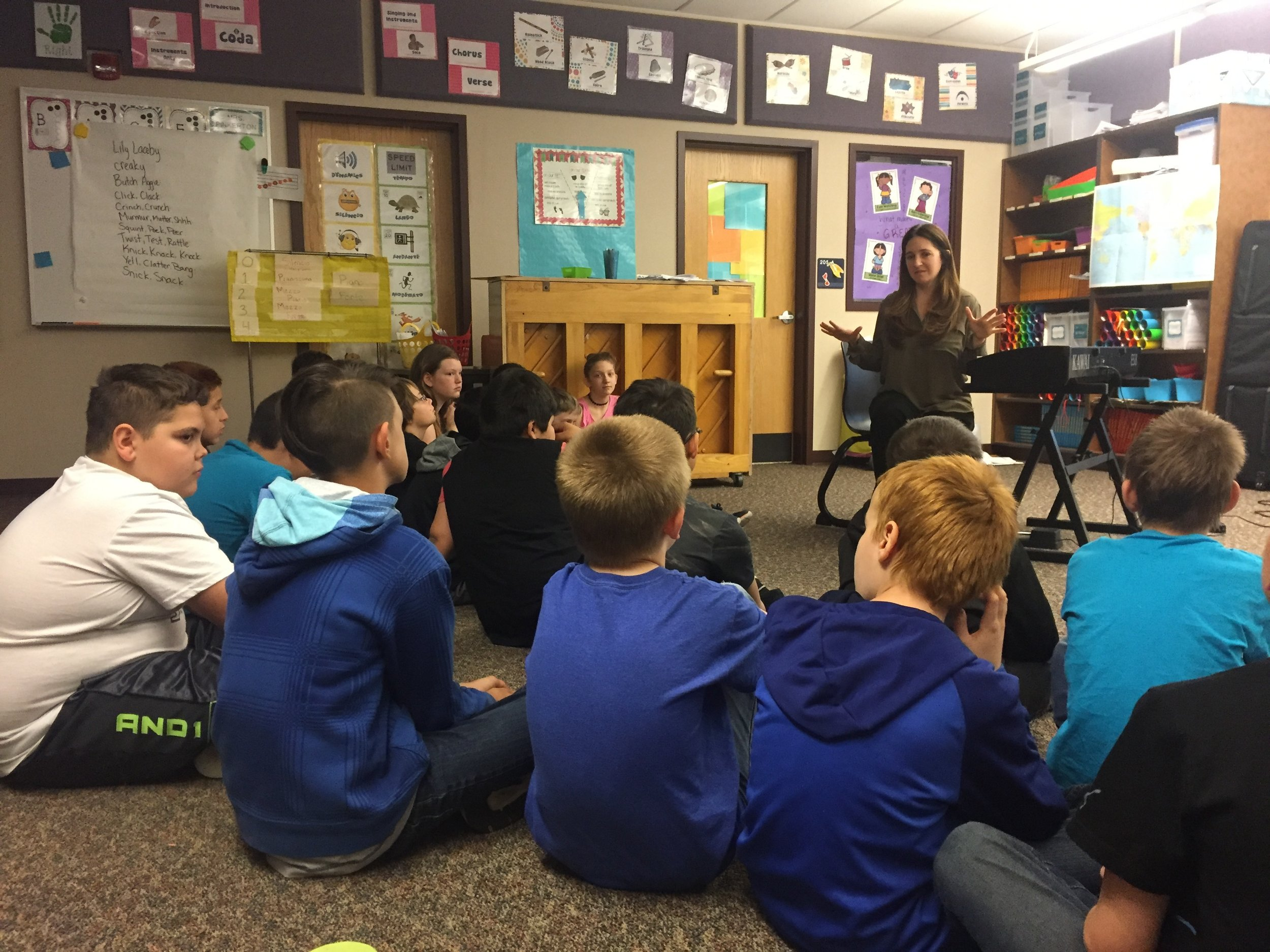 Pianist Simone Dinnerstein works with public school 4th and 5th graders