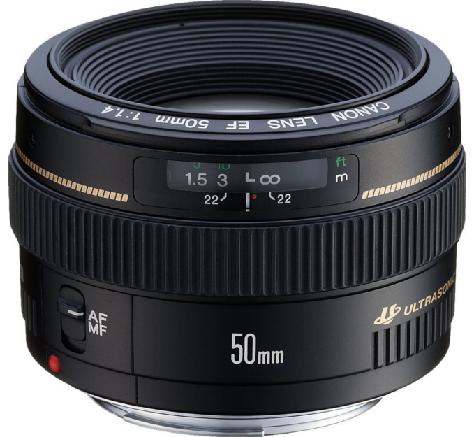 Medium Lens - Standard lens Featuring superb quality and portability. Crisp images with little flare are obtained even at the maximum aperture.