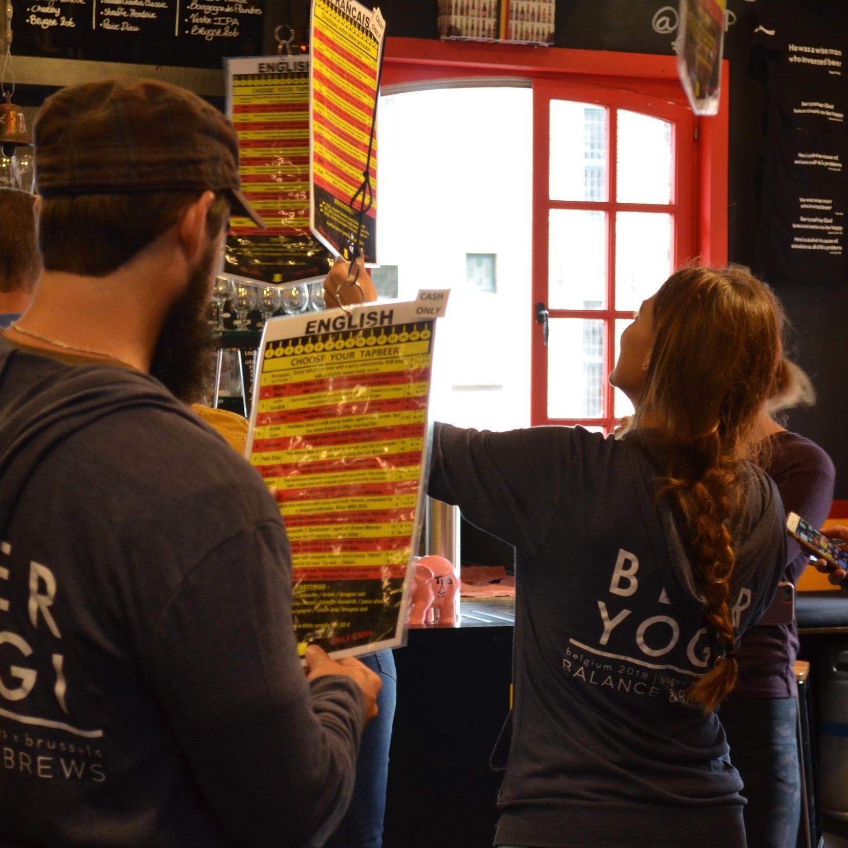 beeryoga_balanceandbrews_yogaretreat_bruges_wallofbeer_MIN.jpg
