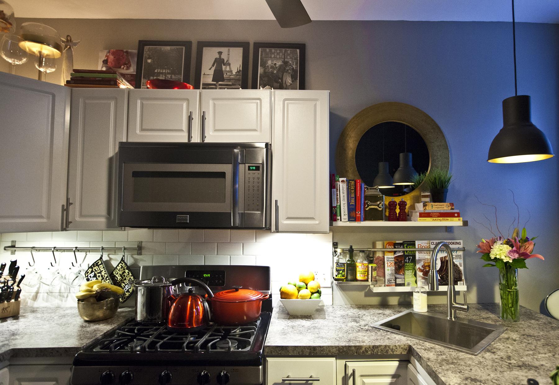 22-Strathallan-Pk-Apt4-Kitchen.jpg