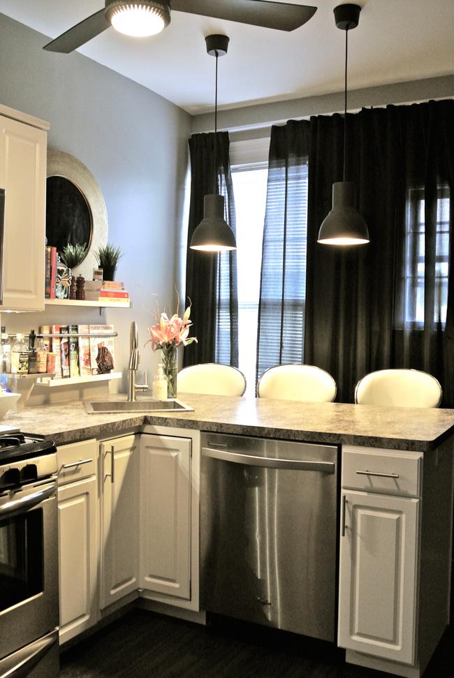 Kitchen-after copy.jpg