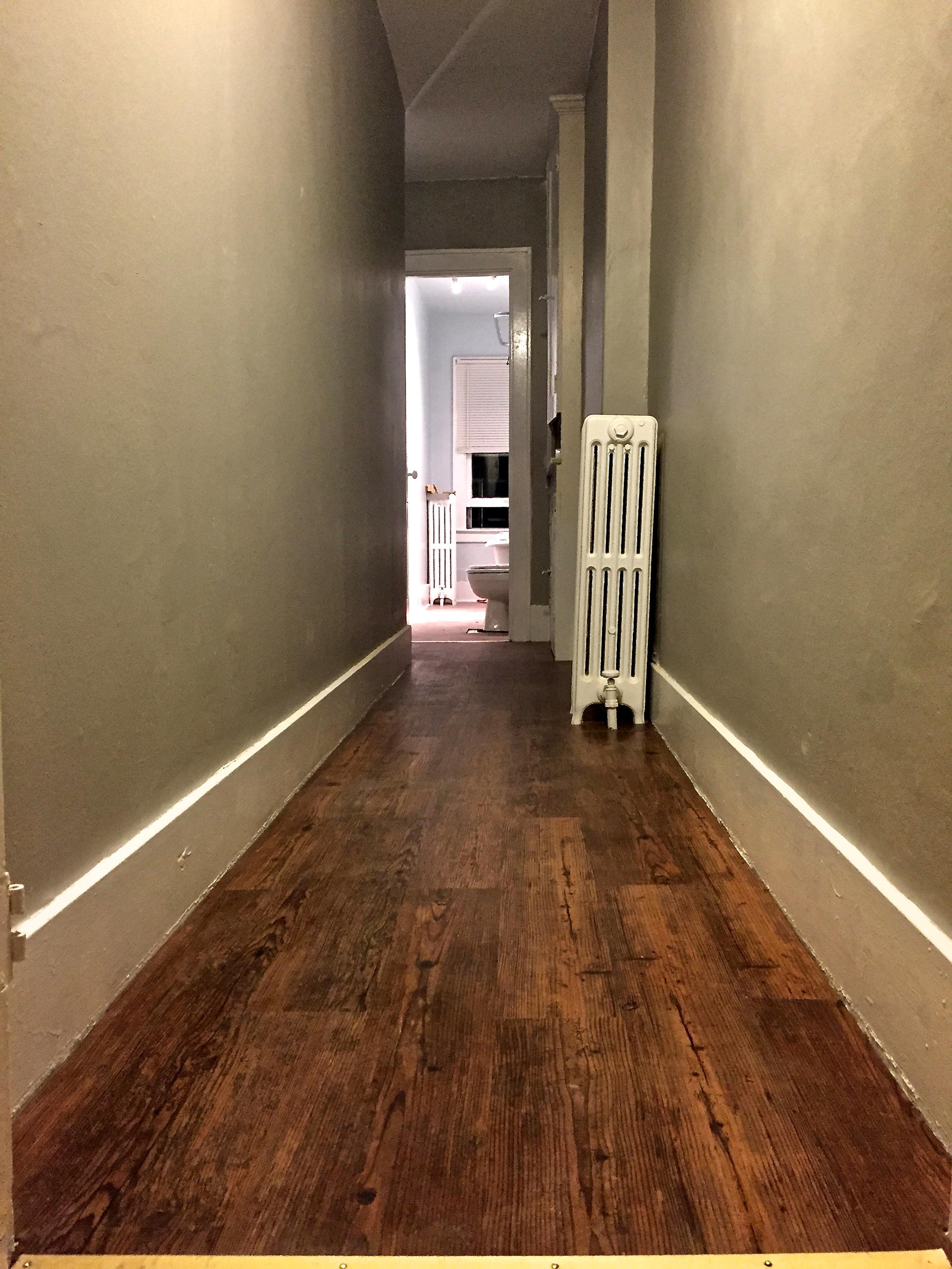 39 Thayer St - #3 - hallway.jpg