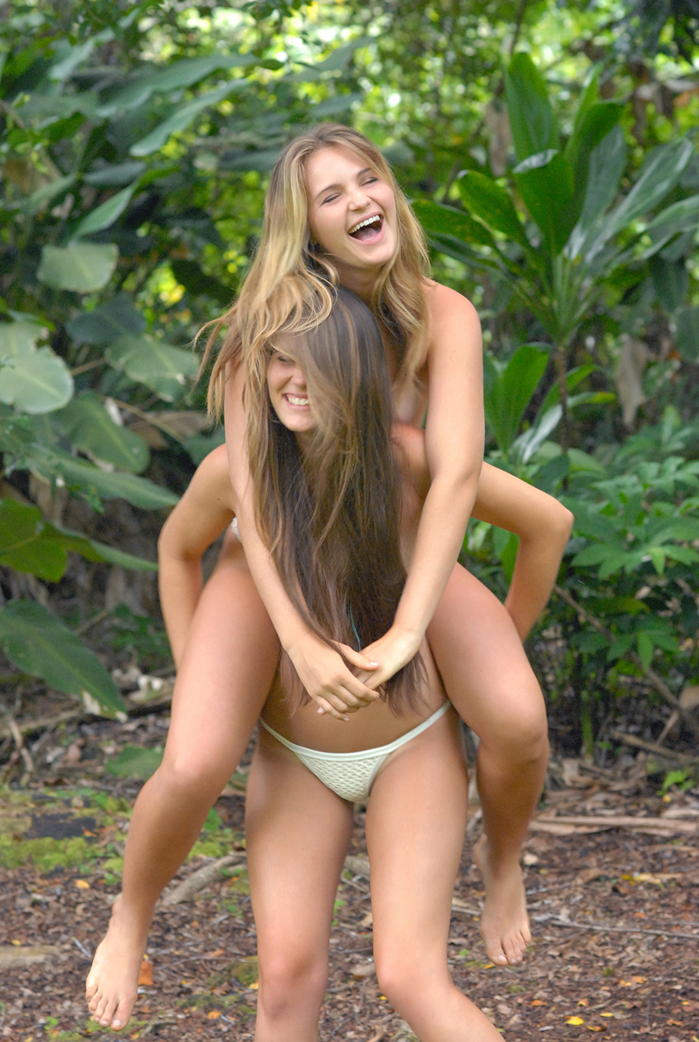 Swimbook_swimsuit_Posh_Pua_Sydney_and_Hayley_Barcia_DSC_0596.JPG