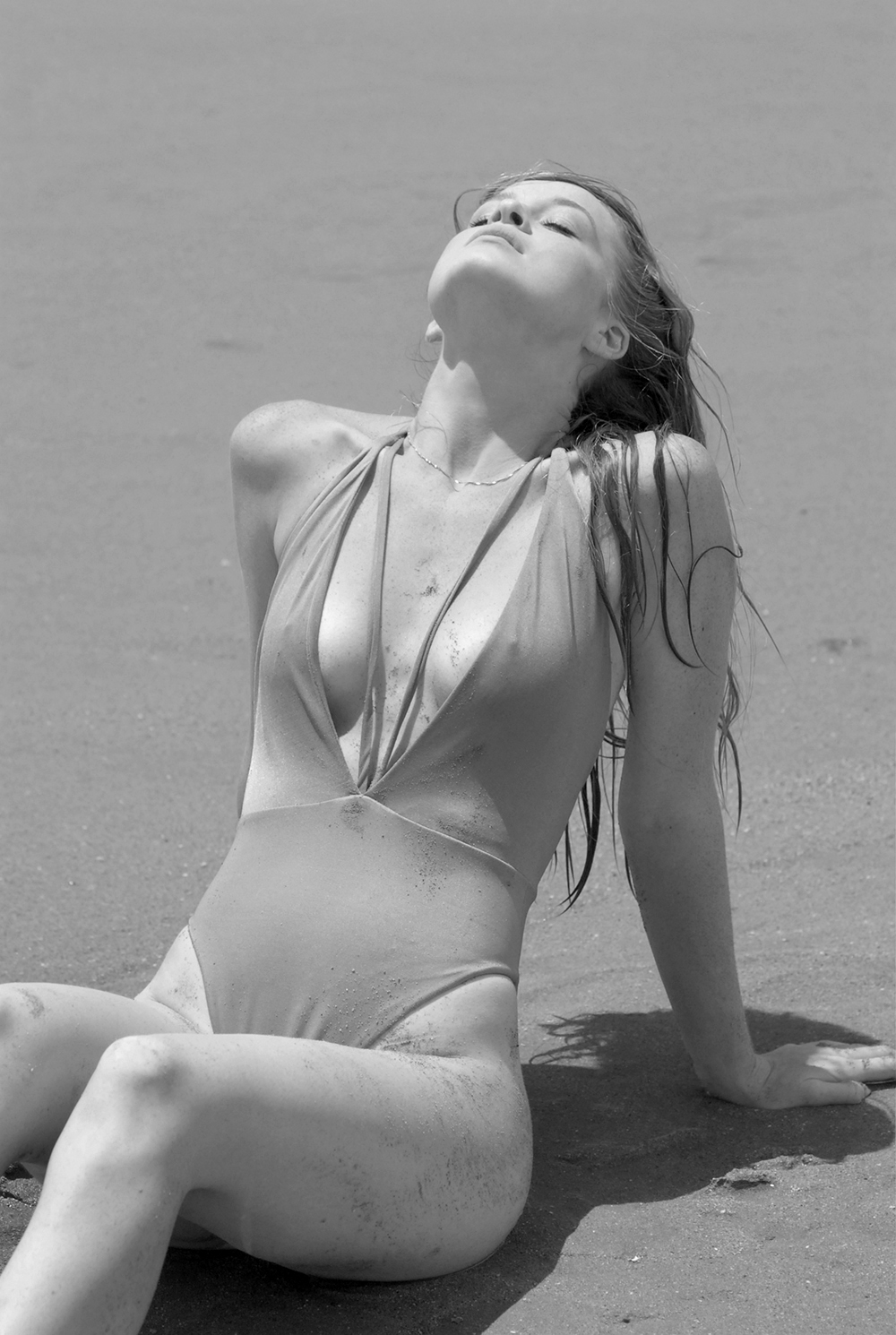 Swimbook_Siempre_Golden_swimsuit_McKenzie_Hatcher_DSC_0099.JPG
